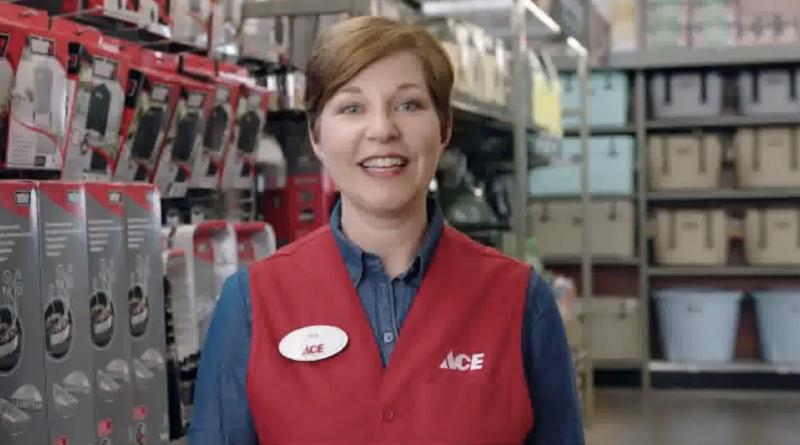 Gina Schaefer propietaria de ferreterias ACE